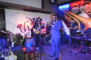 Vincent Gross - Solo Artist and Bandleader